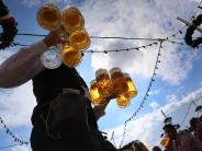 Oktoberfest 2017: München will den Preis für die Maß Bier auf der Wiesn deckeln