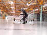 Hoverbike: Eine Drohne soll Menschen durch die Luft tragen