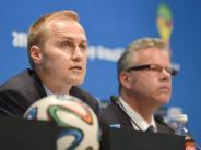Fußball: Johannes Holzmüller  - ein Friedberger bei der Fifa