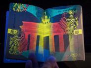 Reisepass: So sieht der neue Reisepass aus