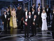 Leichte Sprache: Wichtige Preise für Filme und Schauspieler vergeben