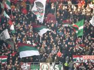FC Augsburg: Fan verkauft FCA-Tickets auf Viagogo und wird abgemahnt