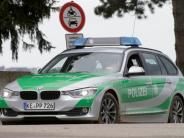 Rieser Polizeibericht: Lkw überholt, drängt Pkw ab und flüchtet