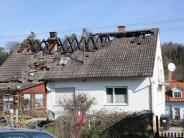Aichach: 56-jähriger Mann stirbt bei Brand in Einfamilienhaus