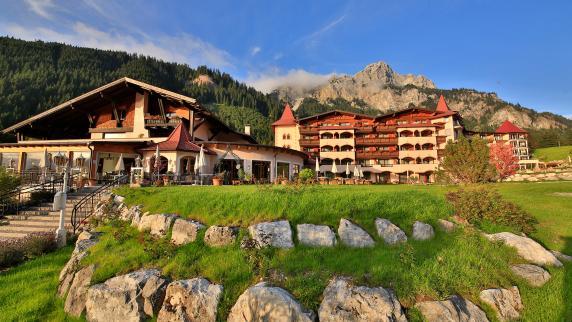 Hotels & Wellness: Genussvolles Frühlingserwachen in Tirol