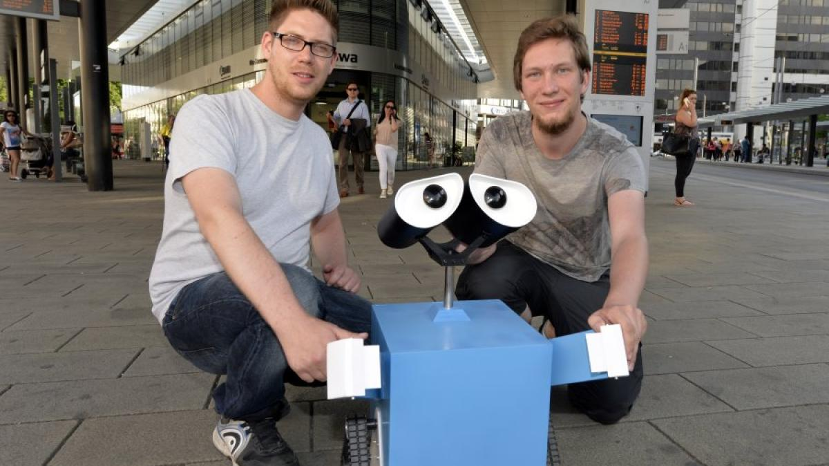 Augsburg-Roboter-am-K-Wo-steckt-eigentlich-swa-lly-