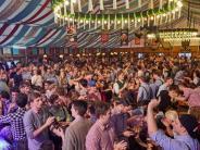 Bildergalerien: Party im Bierzelt, Party bei den Panthern: Die Bilder vom Wochenende