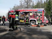 Kreis Donau-Ries: Vier Schwerverletzte bei Kollision von Kleintransporter und Pkw