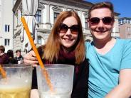 Bildergalerie: So freuen sich die Augsburger über die Frühlingssonne