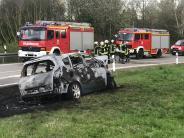 Tussenhausen: Auto brennt in wenigen Minuten komplett aus