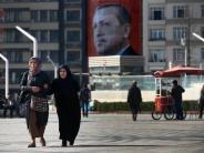 News-Blog: Türkischer Innenminister verbietet Mai-Kundgebung auf Taksim-Platz