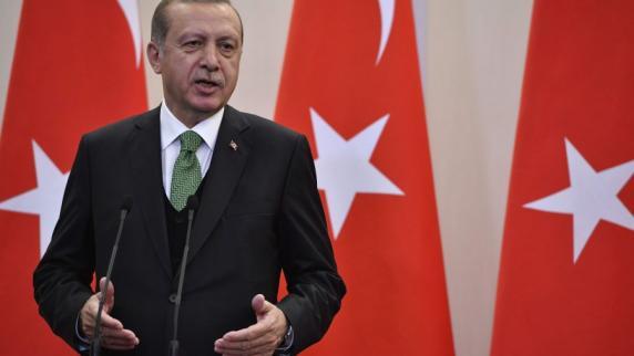 news-blog: türkei verlegt truppen nach katar - politik - aktuelle, Einladung