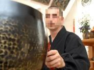 Kreis Augsburg: Jungen missbraucht? Zen-Priester kommt vor Gericht