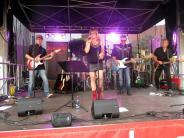 Bildergalerie: Jamistry rocken das Publikum bei Live am Marktplatz
