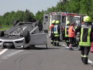 Donauwörth: Unfall auf B2: Vier Menschen schwer verletzt