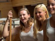 Bayern: Sexy Landleben: Bäuerinnen posieren für Jungbauernkalender