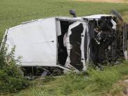 Unterallgäu: Kleinbus überschlägt sich auf A7: Vier Schwerverletzte