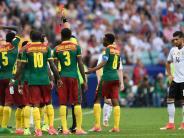 Confed Cup 2017: Rot für den Falschen: Schiri-Panne bei Deutschland gegen Kamerun
