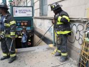 New York: Dutzende Verletzte durch entgleiste U-Bahn