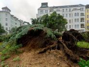 Wetter: Unwetter hält Teile Deutschlands in Atem - Berlin weiter unter Wasser