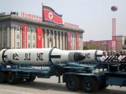 Raketentest: Nordkorea testet Rakete: Geschoss fliegt offenbar hunderte Kilometer weit