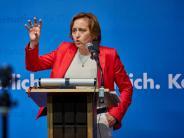 Augsburg: Applaus und Protest: AfD-Politikerin von Storch in Augsburg