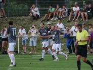 FC Augsburg: Janker köpft FCA in der Nachspielzeit zum Testspielsieg gegen Tokyo