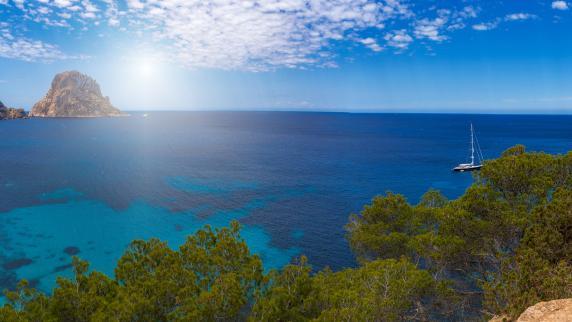 Urlaub in Europa: Eine Insel, zwei Gesichter
