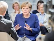 """Bundestagswahl 2017: Angela Merkel im Phoenix-Interview: """"Ich unterschätze meine Mitbewerber nie"""""""