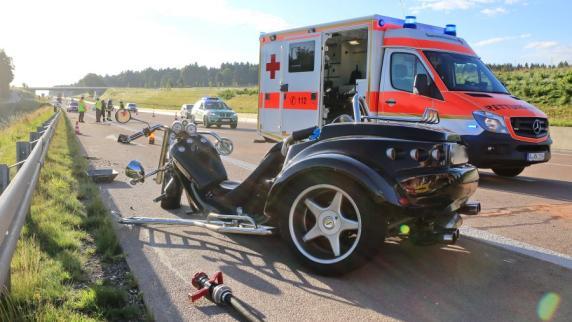 Kreis Augsburg: Trike-Fahrer stirbt bei Unfall auf A8