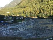 Schweiz: Deutsche nach Bergsturz im Kanton Graubünden vermisst