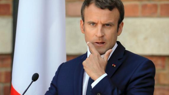 Macron gibt 8.000 € pro Monat für Make-up aus