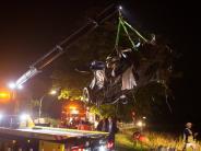 Nordrhein-Westfalen: 79-Jähriger stirbt bei Zusammenstoß von ICE und Auto