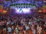 Augsburger Nachtleben: City Club verwehrt zur Plärrer-Zeit Gästen in Tracht den Einlass