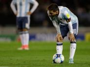 Fußball-WM 2018: Messis Argentinien droht WM-Aus - auch Chile muss bangen