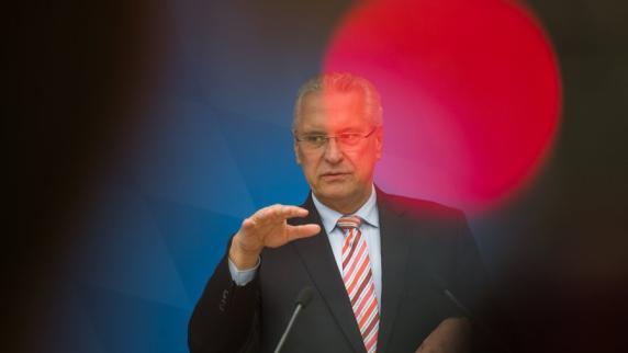 Ticker: Kein Mandat für Joachim Herrmann - Petry geht nicht in AfD-Fraktion