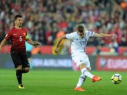 FC Augsburg: Für mehrere FCA-Profis könnte der Traum von der WM wahr werden