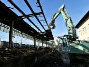Augsburg: Hauptbahnhof: Abriss derLadehof-Gebäude startet