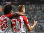 Bildergalerie: Souverän: FC Augsburg schlägt Werder Bremen mit 3:0