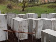 AfD-Politiker: Politikaktivisten errichten Mahnmal vor Grundstück von Björn Höcke