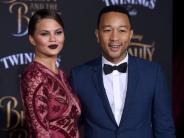 John Legend: Chrissy Teigen und John Legend erwarten zweites Kind