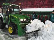 Starker Schneefall: Wintereinbruch kann dem FC Augsburg nichts anhaben