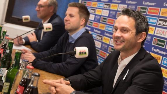 """Fußball: Ex-FCA-Trainer Schuster zurück bei seinem """"Herzensklub"""""""