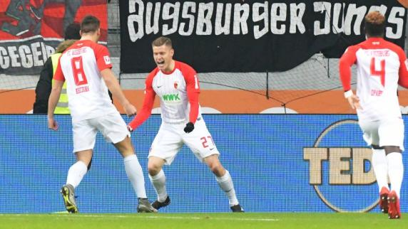 FC Augsburg: 3:3 - FCA dreht irres Spiel gegen den SC Freiburg