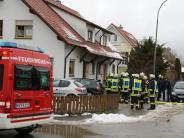 Babenhausen: Bett gerät in Brand: Drei Bewohner erleiden Rauchvergiftung