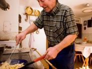 Kochen: So schmeckt Heimat - sechs Kochbücher laden zum Kochen ein