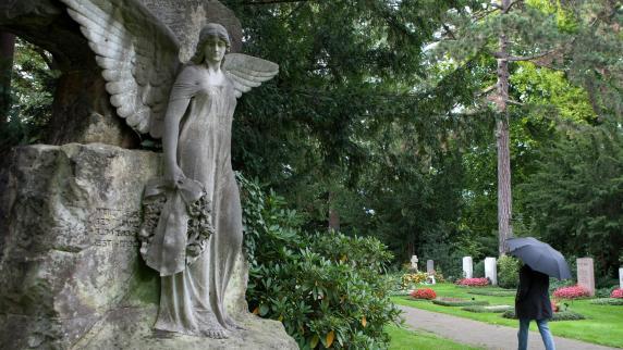 Rat und Hilfe im Trauerfall: Nicht wegschieben