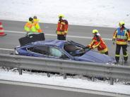 Hurlach: Auto überschlägt sich auf B17 und sorgt für Staus