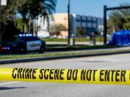 Amoklauf in Florida: Bewaffneter Hilfssheriff wartete während des Massakers vor der Schule