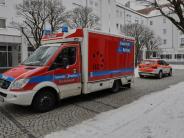Augsburg-Univiertel: Mann soll mit Messer auf 75-jährige Mutter eingestochen haben